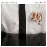 Pochette Blackout par Audrey Horne