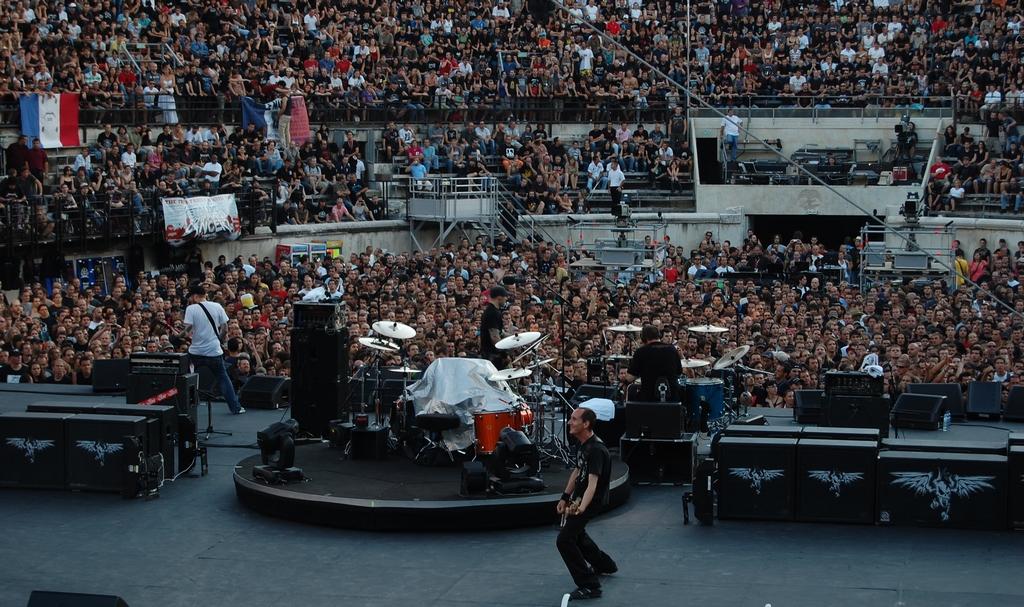 Photos de metallica mass hysteria mopa le 07 07 09 for Tof fond ecran